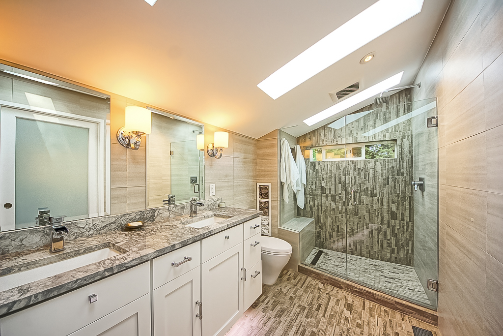 Complete bathroom remodel horizon view homes for Complete bathroom renovations